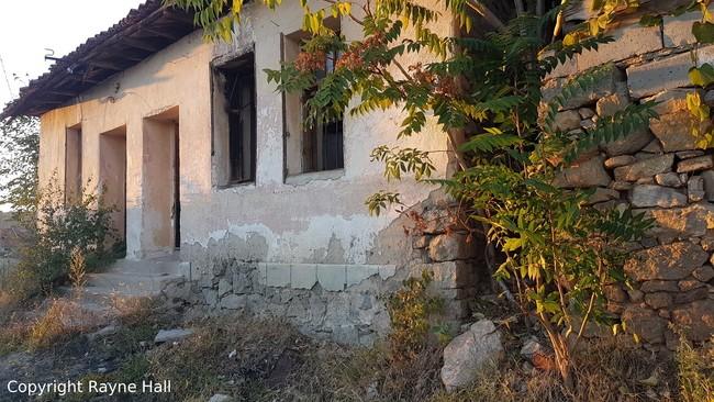 Visiting Bulgaria's creepy abandoned homes