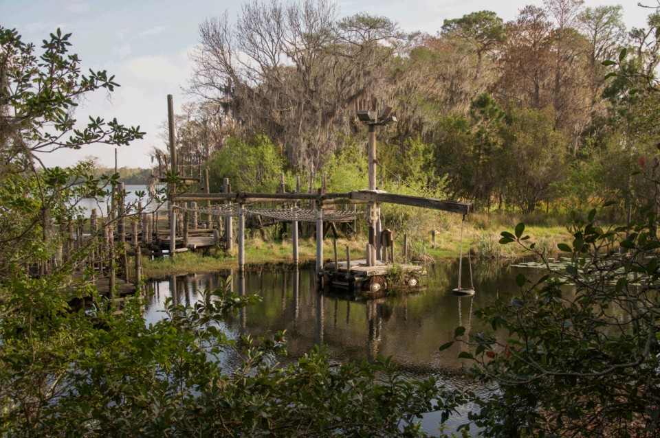Mysterious Places: Journey to Discovery Island